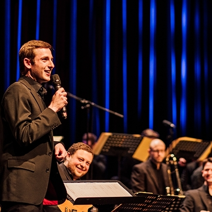 Tobias Becker Bigband: Bandbook News & Happy New Year// ft. Verena Nübel